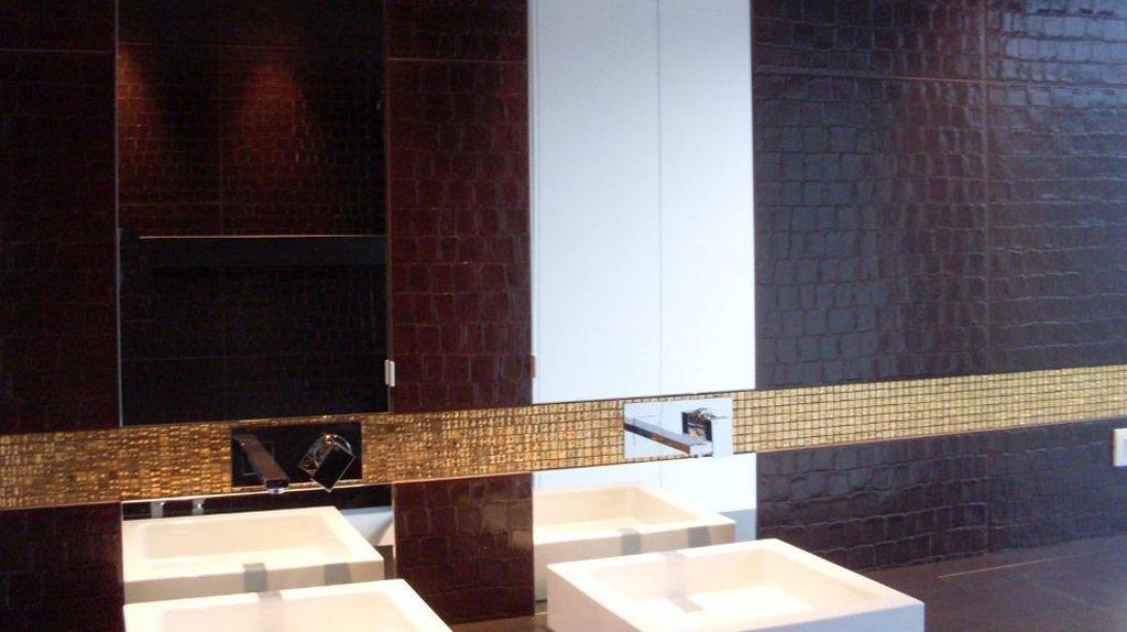 Badkamer betegelen wand